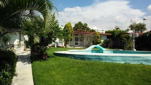 jardines de cuernavaca casa en condo, con bungalow ind, alb