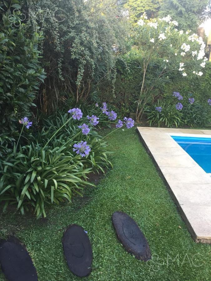 jardines de escobar 4 dorm. pileta (2200105)