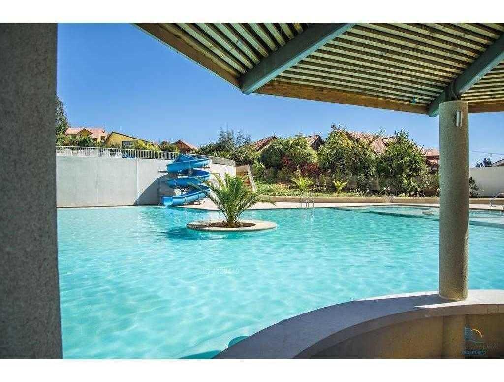 jardines de reñaca, 3 piscinas con toboganes acuáticos.