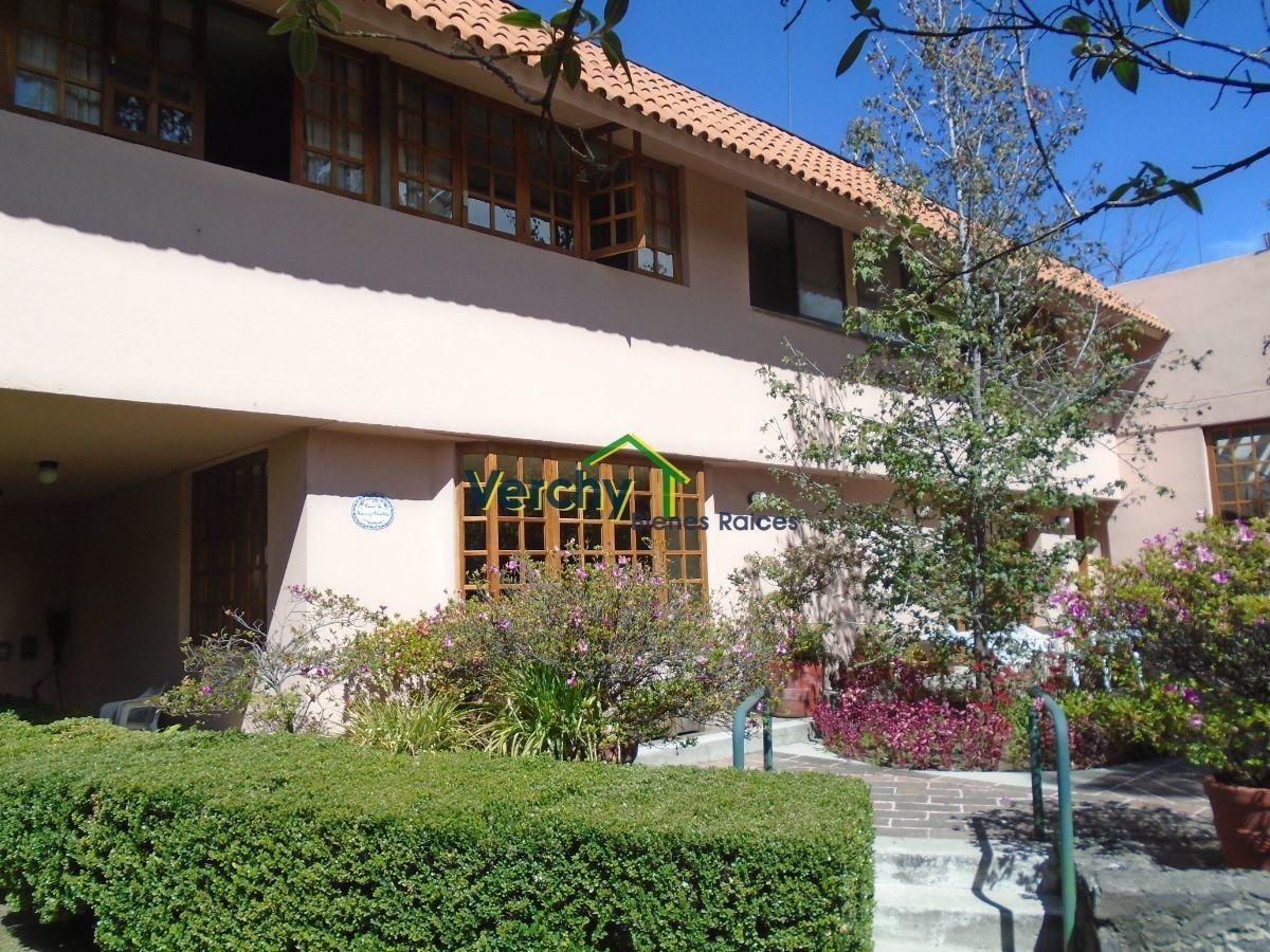 jardines del pedregal, preciosa casa en venta en calle cerrada con vigilancia