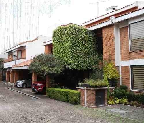 jardines en la montaña.- renta de casa en condominio
