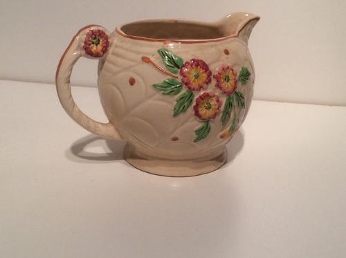 jarra de cerámica .