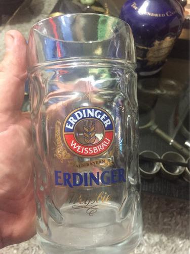 jarra de cerveza alemana de colección