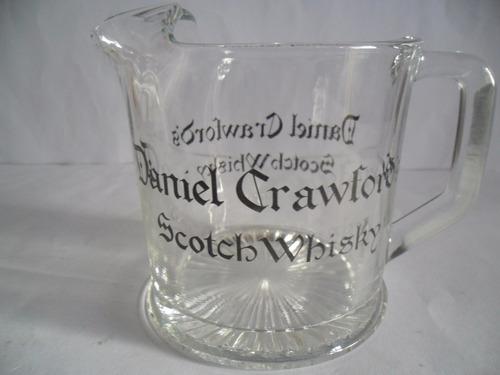 jarra de whisky daniel crawford's de vidrio de coleccion.///