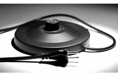 jarra pava eléctrica de acero inoxidable 1,8 litros 220v
