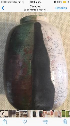 jarrón o vasija colores arcilla esmaltado