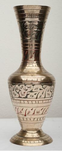 jarrón pequeño de bronce