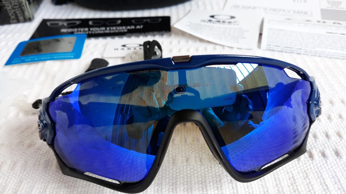 70b75d7ea jawbreaker armação preta/azul prizm com 4 lentes reserva. Carregando zoom.