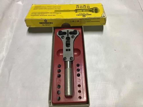 jaxa bergeon original llave para abrir relojes  con 12 tases
