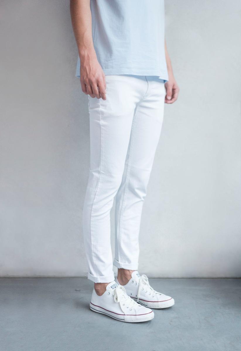 dda625a89 jean blanco chupin hombre - freres jeans - tendencia. Cargando zoom.