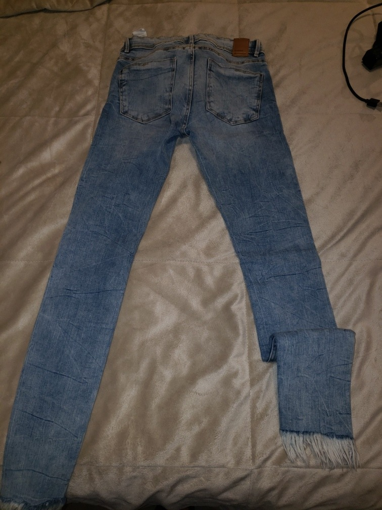 c5f0f42d3 Jean Mujer Zara Talle 24 Skinny Impecable - $ 920,00