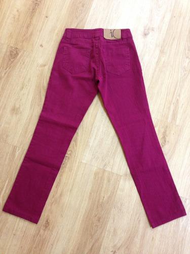 jeans de color fucsia marca io 36 buen estado
