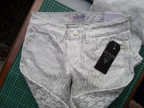 jeans guess plata animal print tallas 25,26 y 31