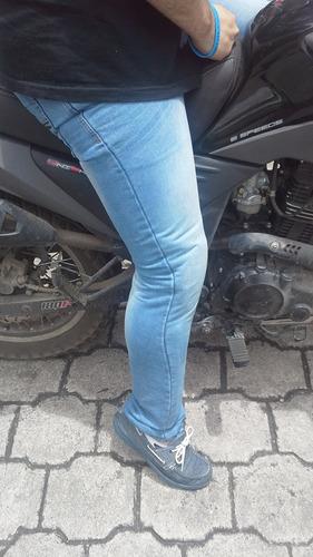 jeans repelentes agua con protector  rodilla  motociclistas