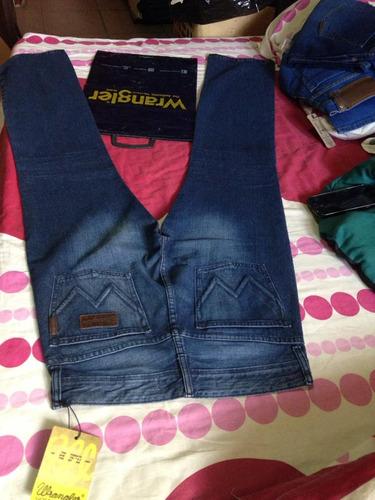 jeans wrangler original, talla 28.