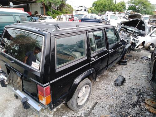 jeep 4x2 cherokee sport