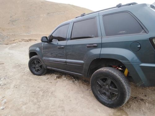 jeep 4x4 gran cherok cheroke laredo 2007  cheroke laredo