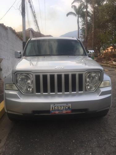 jeep cherokee .