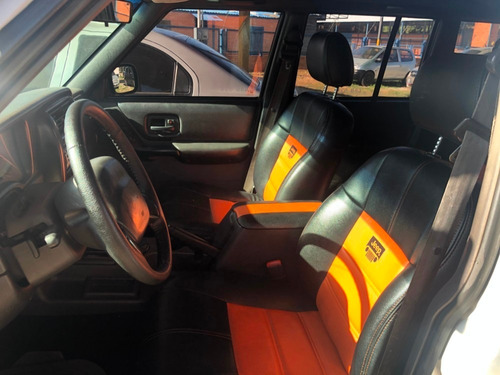 jeep cherokee 2002