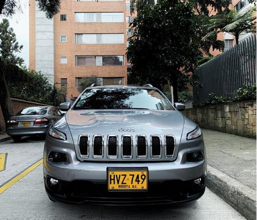 jeep cherokee 2104 3200 cc 45000km