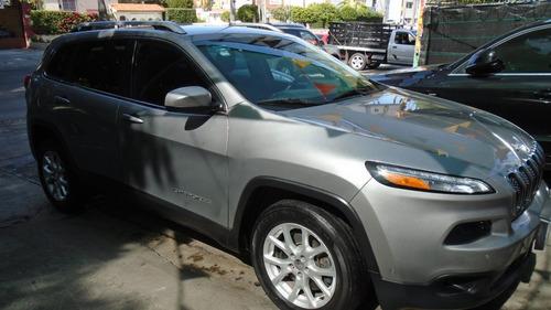 jeep cherokee 2.4 latitude 2015  tomo auto