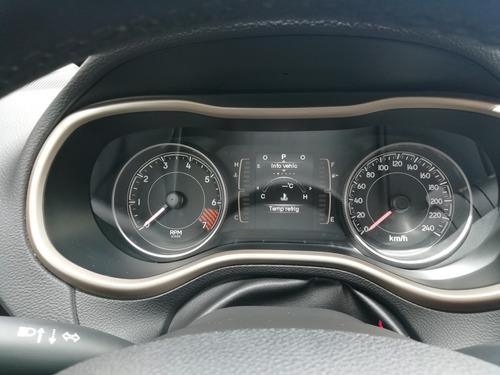 jeep cherokee 2.4 latitude mt 2014