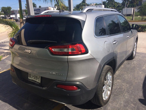 jeep cherokee 2.4 limited mt 2014
