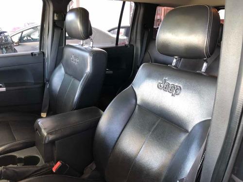 jeep cherokee 3.7 limited atx 2011