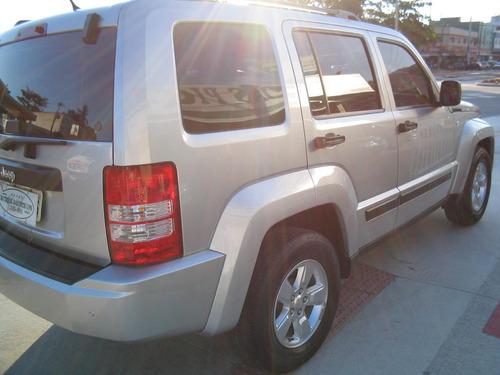 jeep cherokee 3.7 sport aut. 5p