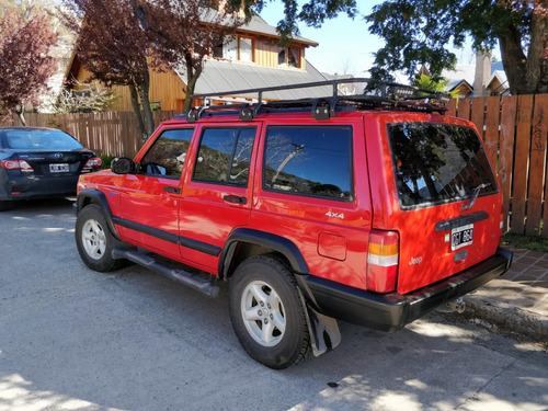 jeep cherokee 4.0 impecable