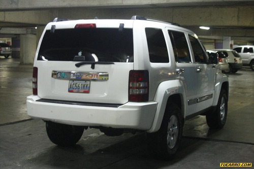 jeep cherokee kk