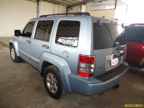 jeep cherokee liberty 4x4 2012