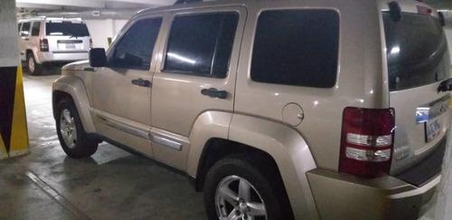 jeep cherokee limited 4x2