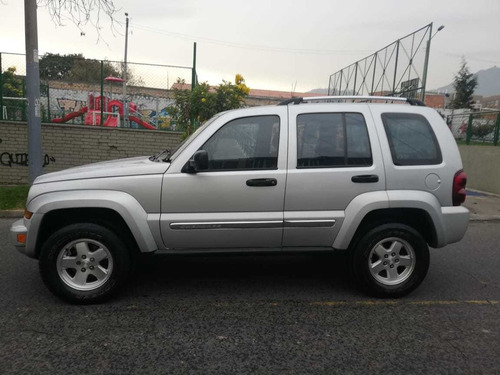 jeep cherokee limited at 2005