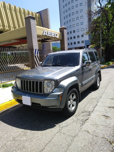 jeep cherokee sport 4 x 2