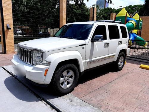jeep cherokee sport 4x4 2010
