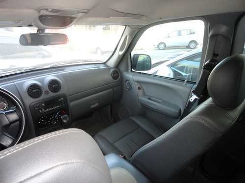 jeep cherokee sport blindado 2005