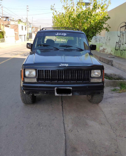 jeep cherokee suv