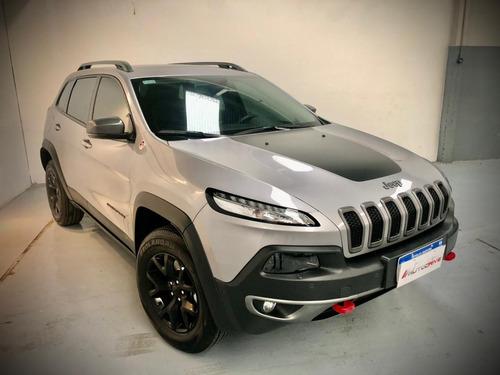 jeep cherokee trailhawk  3.2 at9 2018