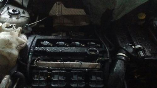 jeep chocado de frente mecanica sana baja 04 alta motor