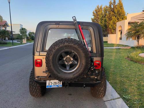 jeep cj7 automático