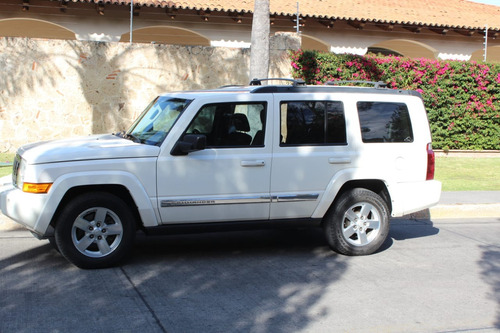 jeep commander 4.7 base 4x2 mt