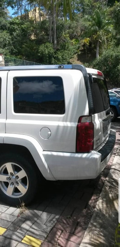 jeep commander 5.7
