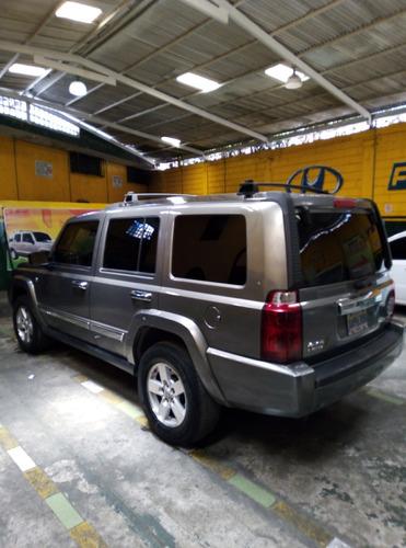 jeep commander límite 4x4