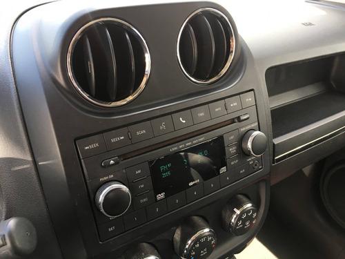 jeep compass 2.0 sport 4x2 16v gasolina 4p automático
