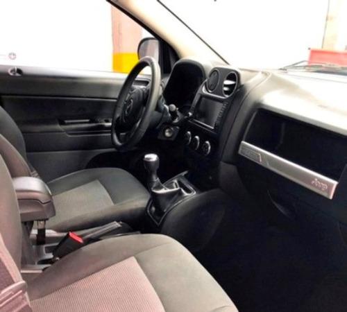 jeep compass 2.4 latitud 5vel 5vel 4x2 mt