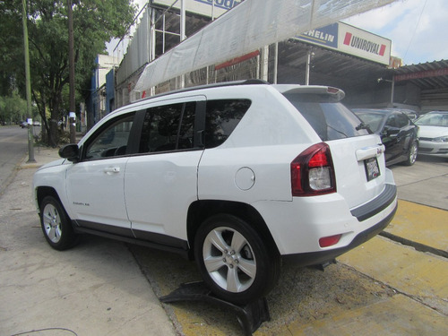 jeep compass 2.4 latitude 4x2 mt 2015 blanco