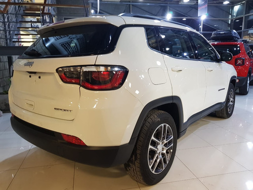 jeep compass 2.4 sport at6 my 19