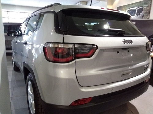 jeep compass 2.4 sport mt6 2018 ie