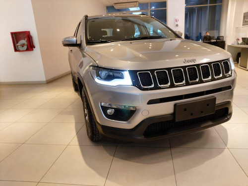 jeep compass at6 sport anticipo $987.000 + cuotas